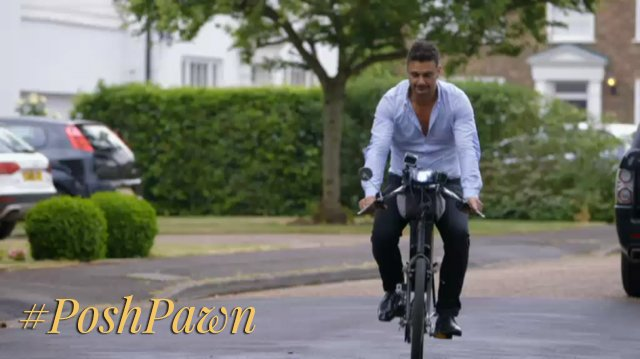 PoshPawn_James