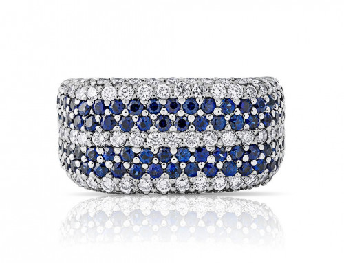 Alexandra Michell comments on Diana's sapphire collection for Hello Magazine